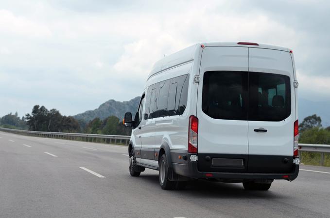 Rotherham Minibus hire 16 seater minibus